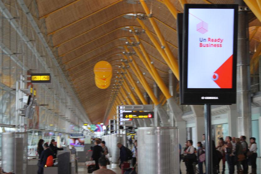Zwischenlandung auf dem Flughafen Madrid.