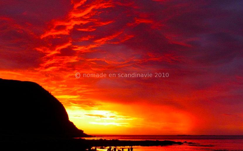 Coucher de soleil sur l'ile de Runde, Norvège