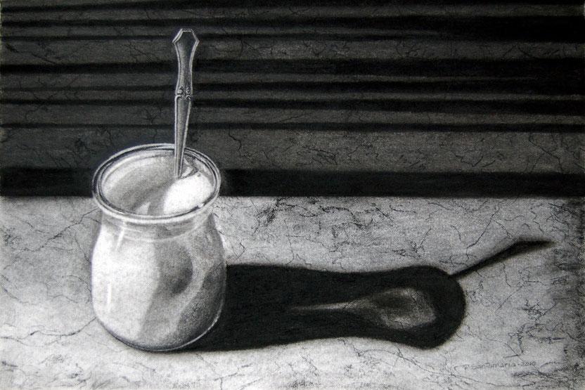 Yogurt 2010, carboncillo 36.5X54 cm