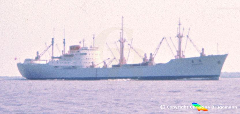 Chinesischer Stückgutfrachter WEN SHUI, Elbe 1983