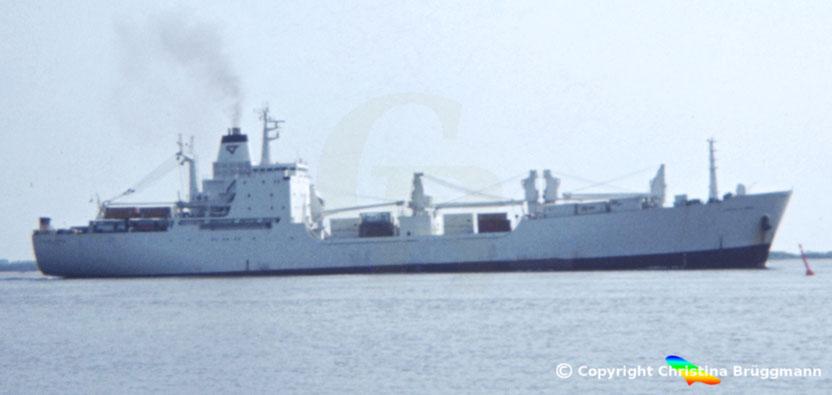 CMA Ro-Ro Kühlschiff POINTE LA ROSE, Elbe 1983