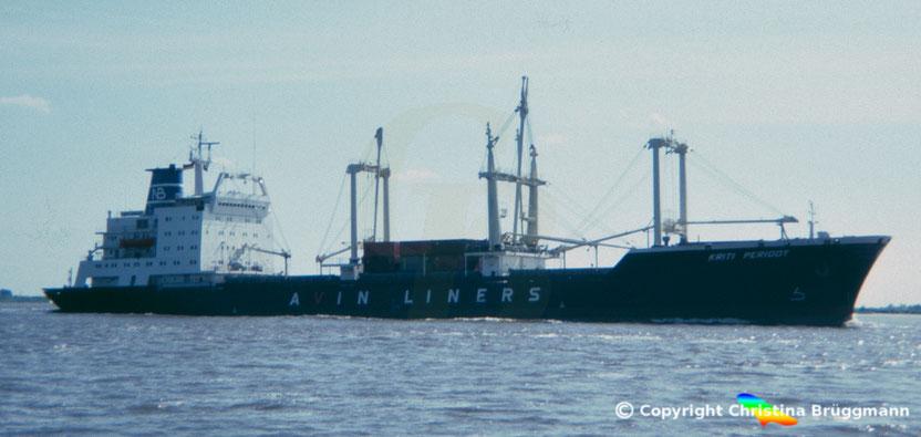 Frachter KRITI PERIDOT, Elbe 1985