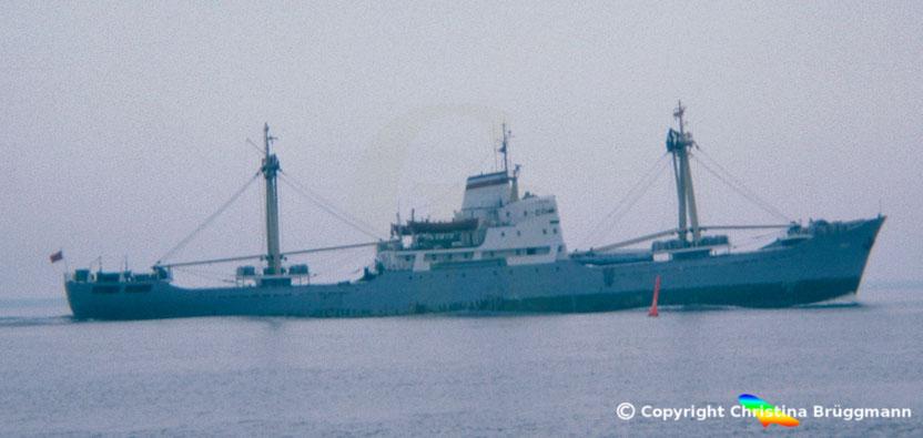 UdSSR Stückfrachter LOKSA, Elbe 1983