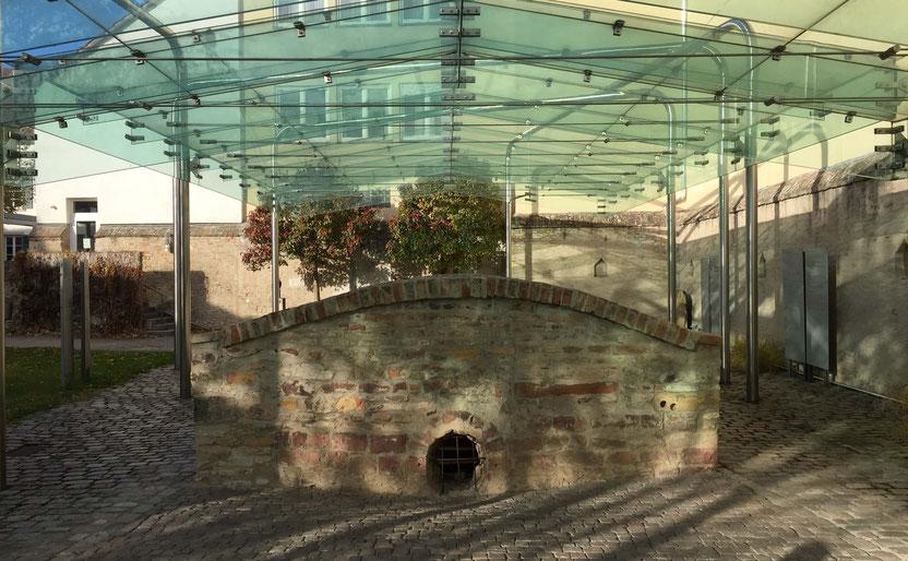 Abgang zum mittelalterlichen Judenbad in Speyer