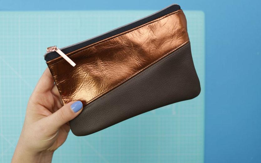 10 DIY Ideen aus Stoffresten – DIY Eule: Ledertäschchen mit Reißverschluss aus Lederresten nähen mit kostenlosem Schnittmuster
