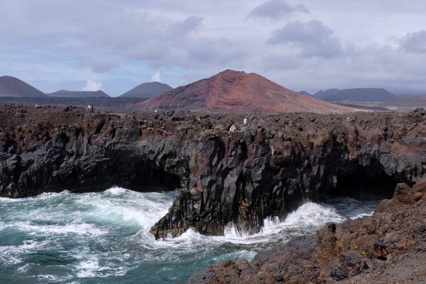 Meeresbrandung Sehenswürdigkeit Los Hervideros Lanzarote