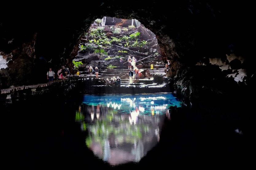 Jameos del Agua Cesar Manrique Lanzarote Lagune Vulkanhöhle