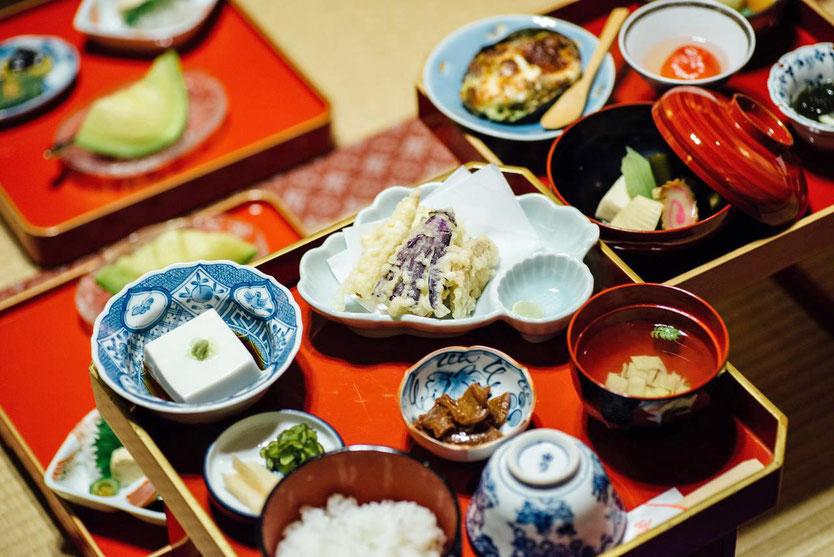Shojin-ryori dinner meal, vegetarische Tempelküche Kumagaiji Tempel in Koyasan