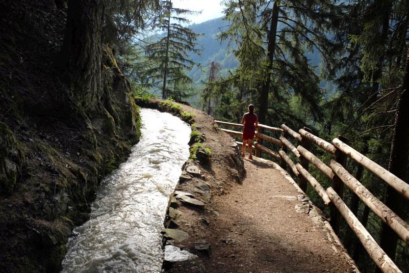 schönste Waal Wanderwege Südtirol Vinschgau Schluderns