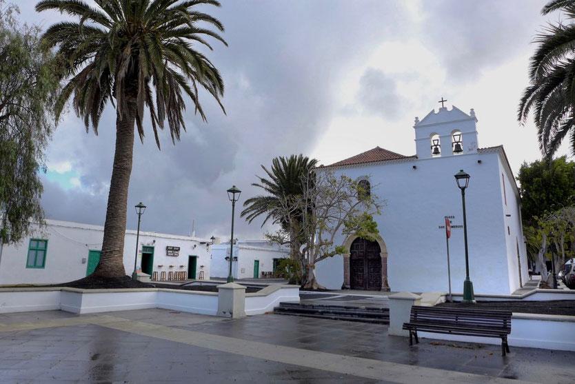 YAIZA Plaza de los Remendos schönstes Dorf Lanzarote