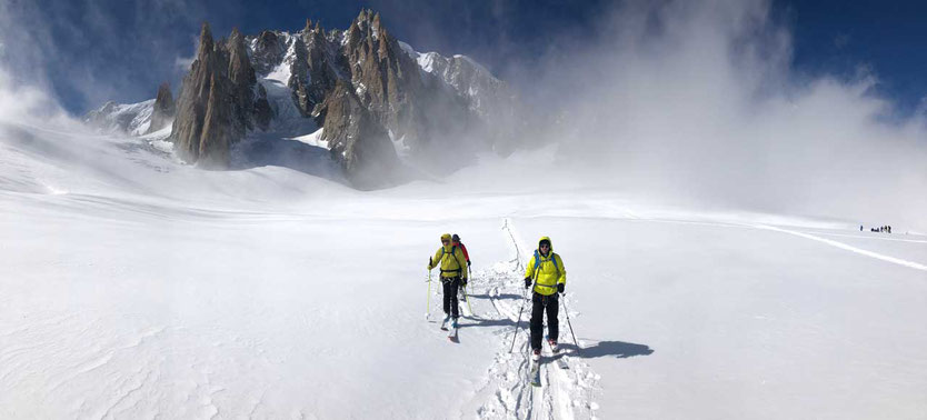 Mont Blanc du Tacul - Tourengeher auf dem Géant Gletscher