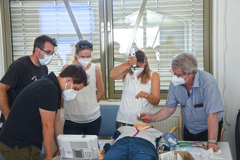 Ass. Dr. Georg Kirbes (LK Horn), OA Dr. Sebastian Keltner (LK Zwettl), OA Dr. Julia Rosner-Kaltenbäck (LK Horn), OA Dr. Renate Bauer (LK Horn), Prim. Dr. Michael Böhm (LK Gmünd)