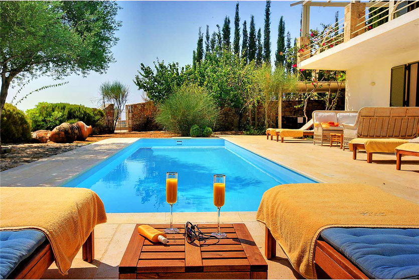 Сервис по ухаживанию или обслуживанию за недвижимостью в Испании