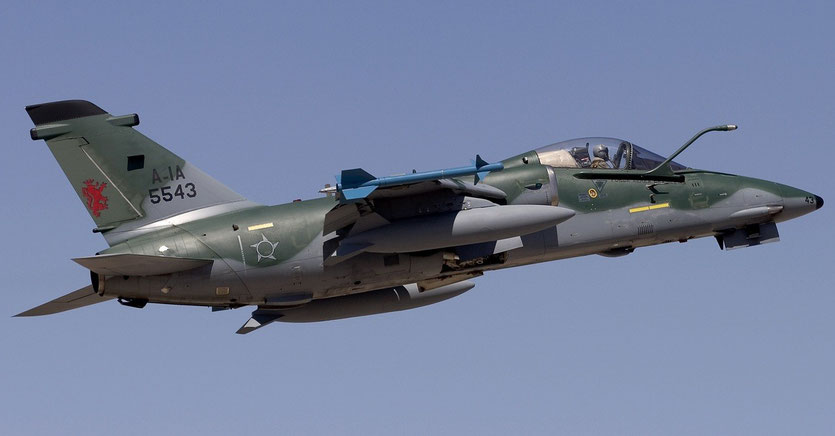 Un AMX della Força Aérea Brasileira, denominati A-1 attualmente aggiornati allo standard A-1M. (Foto:  FAB)
