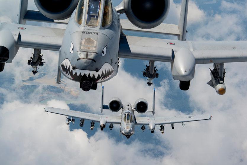 Una coppia di A-10C sui cieli della Gerogia presso la Moody AFB (Foto: USAF)