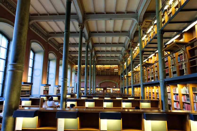 Lesesaal in Schwedens Nationalbibliothek Stockholm