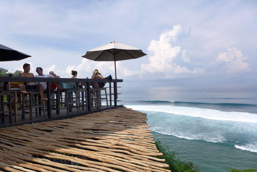 bar with view Uluwatu Beachbar