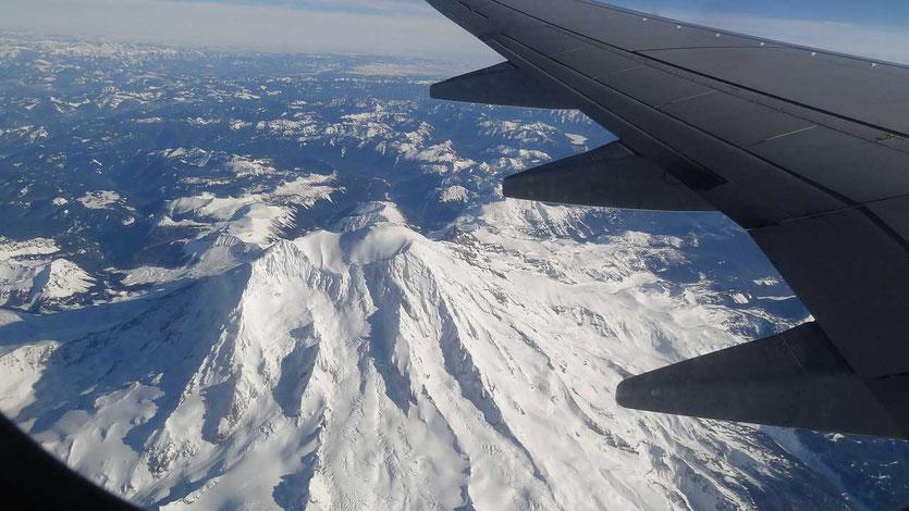 Mount Ranier Vulkan Krater vom Flugzeug