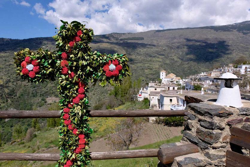 ersten Maiwochenende Fest der geschmückten Kreuze Andalusien