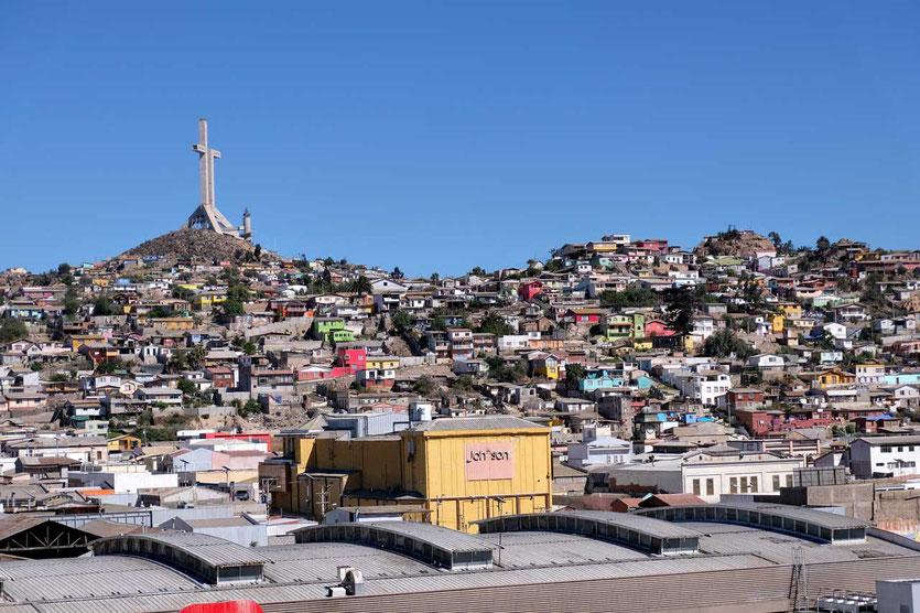 92 Meter hoch ist Kreuz von Coquimbo