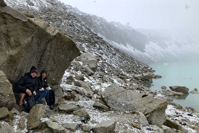Schnee am Base Las Torres Wanderung Torres del Paine