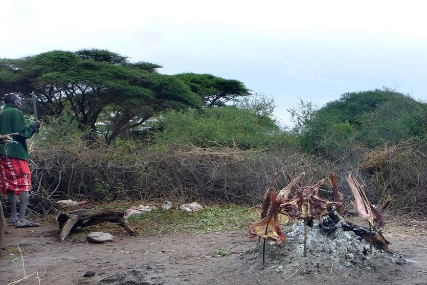 Maasai market visit massai markt tansania