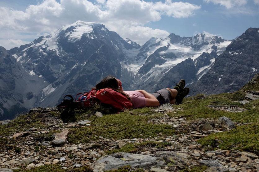 Sulden Wanderung mit Ortler Blick Vinschgau Trafoier Höhenweg