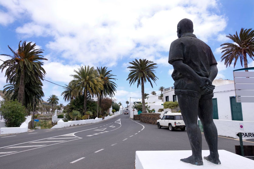 Toni Martin Denkmal in Haria berühmtes Lucha-Canaria-Ringkämpfer Lanzarotes