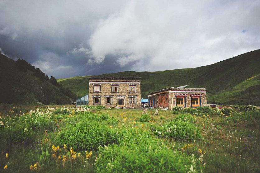 Kham Tibetan village Tagong best guesthouse accommodation