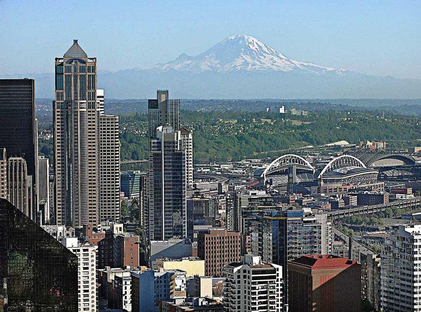 Der Hausberg von Seattle 'Mount Rainer' ist 4.400 Meter hoch