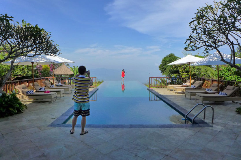 Award winning Infinity Pool Bali eco resort Hotel highland