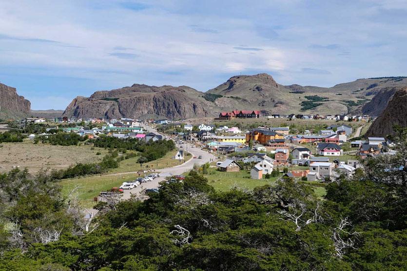 In El Chaltén  Start Wanderweg Laguna de Los Tres hinter dem Parkplatz