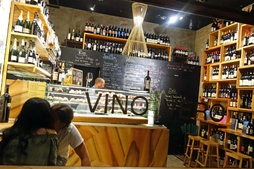 Vino Vero Venedig Bar kurz vor Feierabend