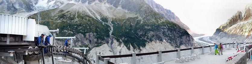Montenvers Eisgrotte  Mer de Glace Gletscher