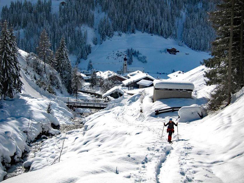 Aufstieg vom idyllischen Innervillgraten, Villgratental Osttirol
