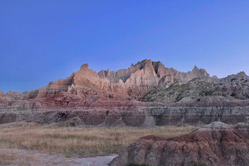 The Wall blue hour Badlands Nationalpark
