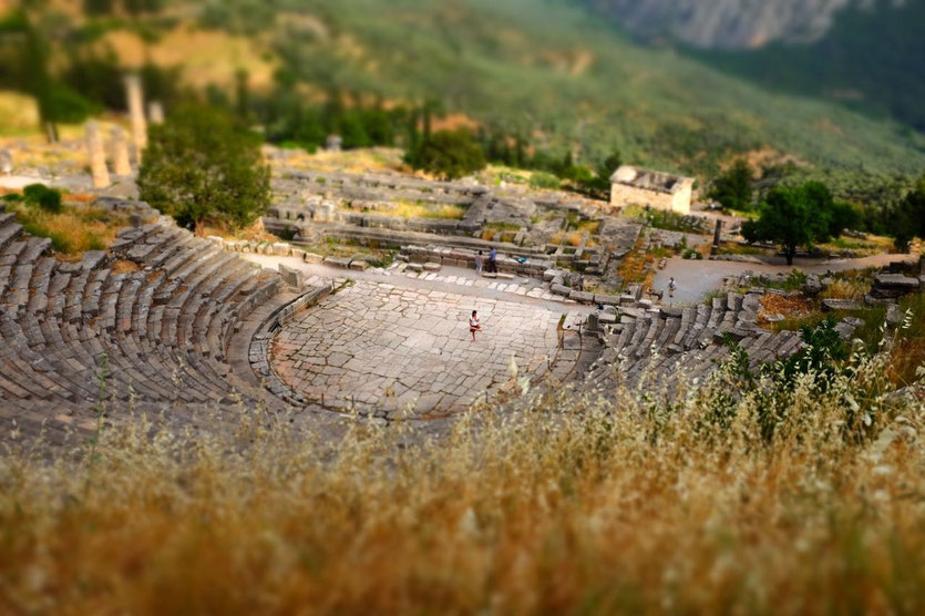 Delphi Delfi theater greece trip