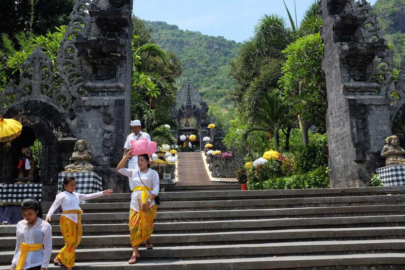 Pemuteran Pura Melanting Tempel Bali Norden