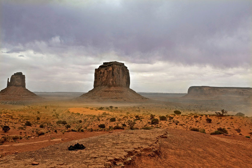 Monument Valley Scenic Sunset Drive