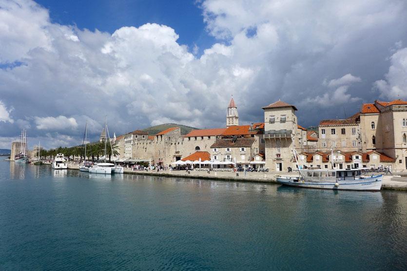visit old town Trogir Kroatiens schönste Städte
