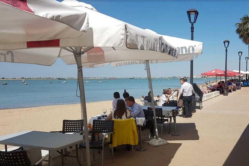 Fischrestaurants am Strand von Bajo de Guía Sanlucar