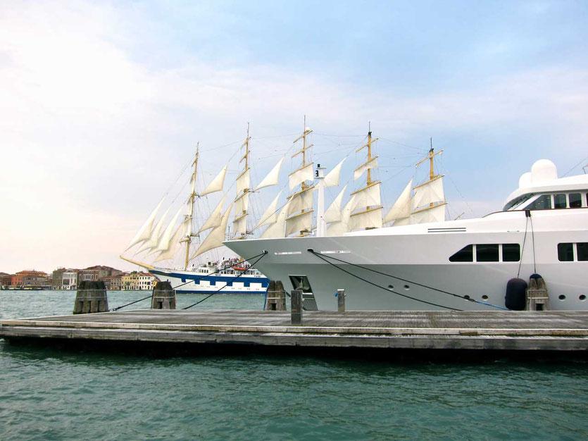 Yachten und Segler am Fondamenta Zattere Venedig