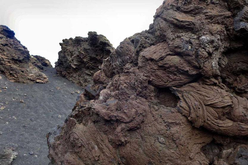 Stricklava Vulkan Wanderung Caldera de los Cuervos Lanzarote