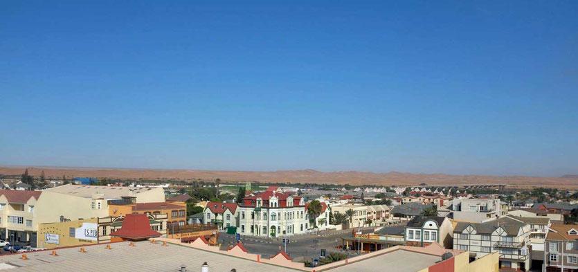 Namibia Blick vom Woermann-Turm über Swakopmund und das Haus Hohenzollern