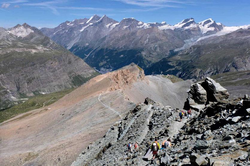 Abstieg von der Hörnlihütte am Matterhorn