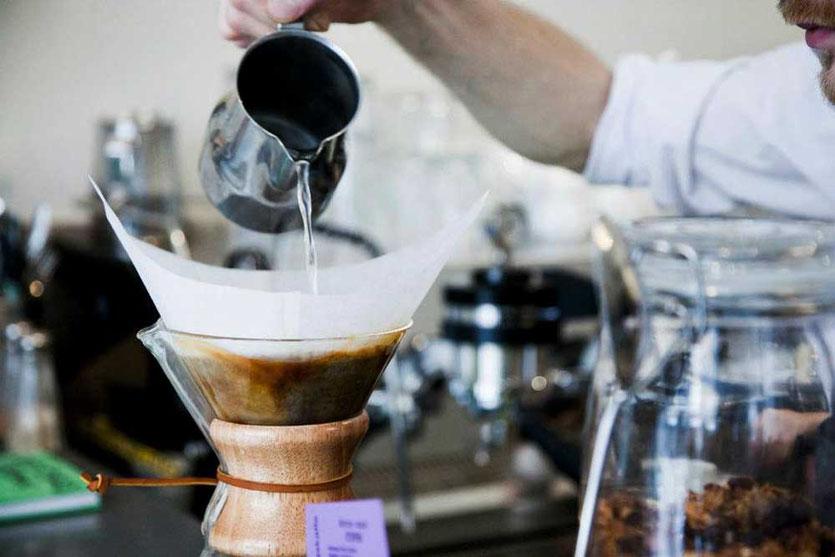 handgefilterter Kaffee, Cafe Esaias Norrmalm Stockholm