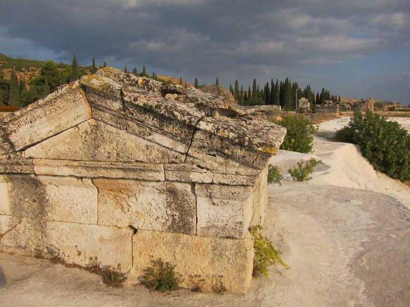 Hierapolis oberhalb der Sinterterrassen Türkei
