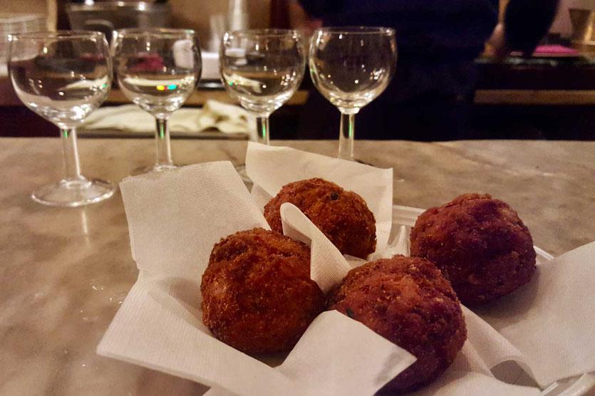 Polpette Hackbällchen zum Glas Wein Venice
