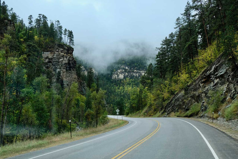 Durch den Spearfish Canyon nach Deadwood