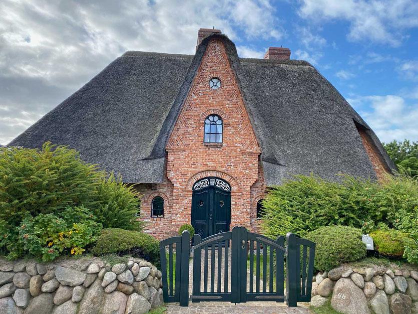 Typisches Reetdachhaus in Kampen Sylt